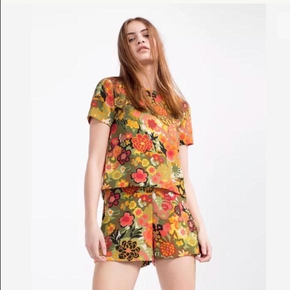 e2f5bea833ff Zara Floral Jumpsuit Romper XS NEW